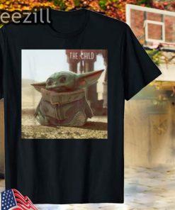 The Mandalorian The Child Cute Scene T-Shirt