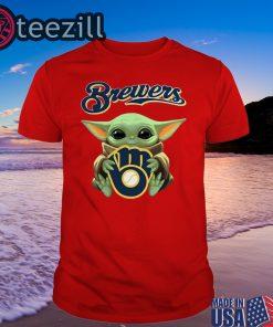Baby Yoda hug Milwaukee Brewers Shirt Classic Tee