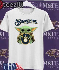 Baby Yoda hug Milwaukee Brewers Shirt T-Shirt