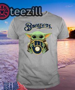 Baby Yoda hug Milwaukee Brewers Shirt Unisex T-shirt