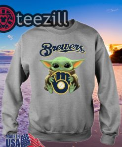 Baby Yoda hug Milwaukee Brewers Shirt Unisex T-shirts