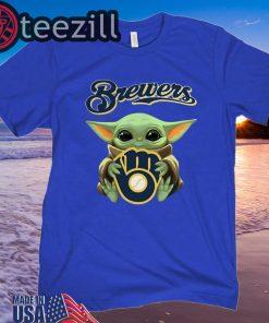 Baby Yoda hug Milwaukee Brewers Sweatershirt
