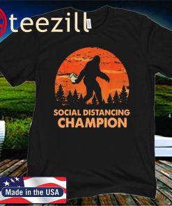 Bigfoot Toilet Paper Social Distancing 2020 T-Shirt