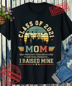 New Proud Mom of a 2021 Graduate Retro Graduation Senior Shirt
